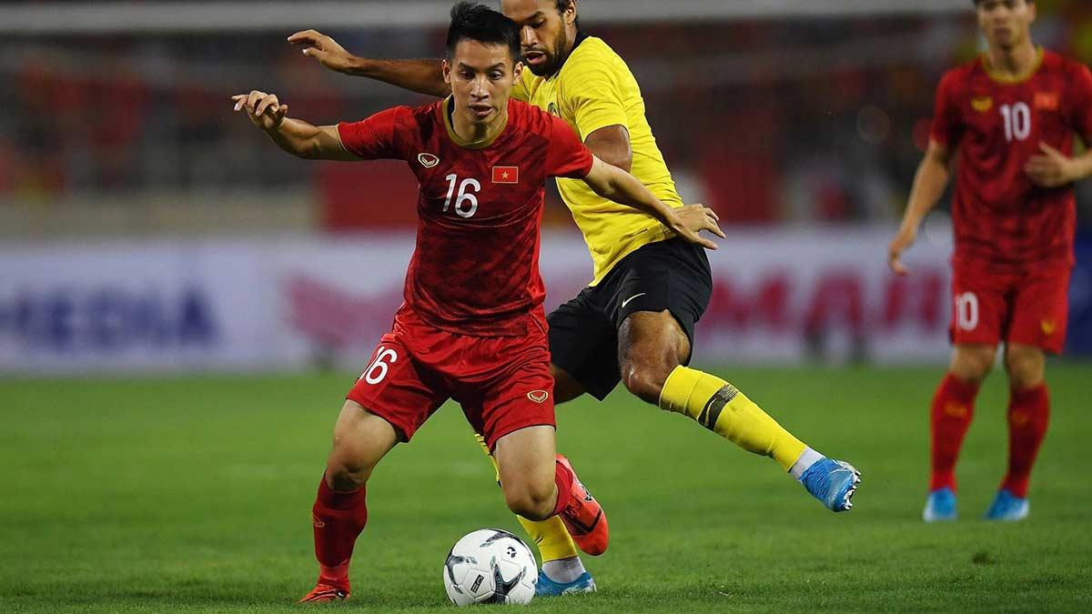 Vietnam Beat Malaysia Football
