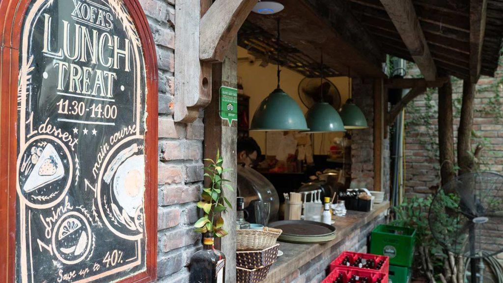 Xofa Cafe Bistro Chao Hanoi 12