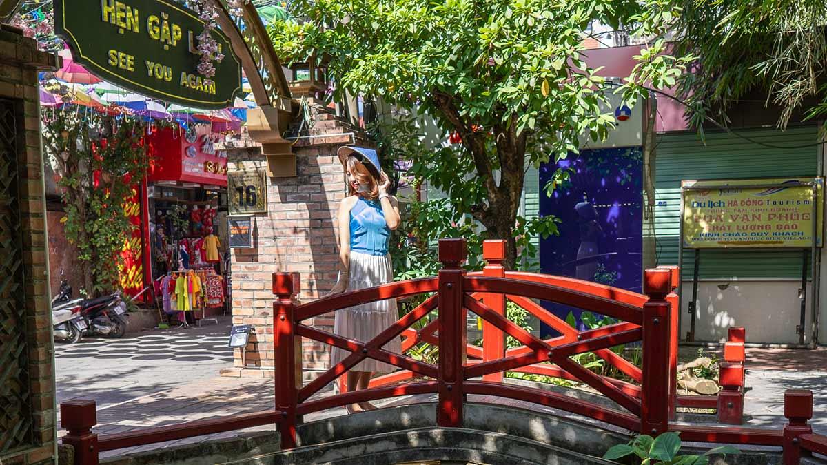 Van Phuc Silk Chao Hanoi 8