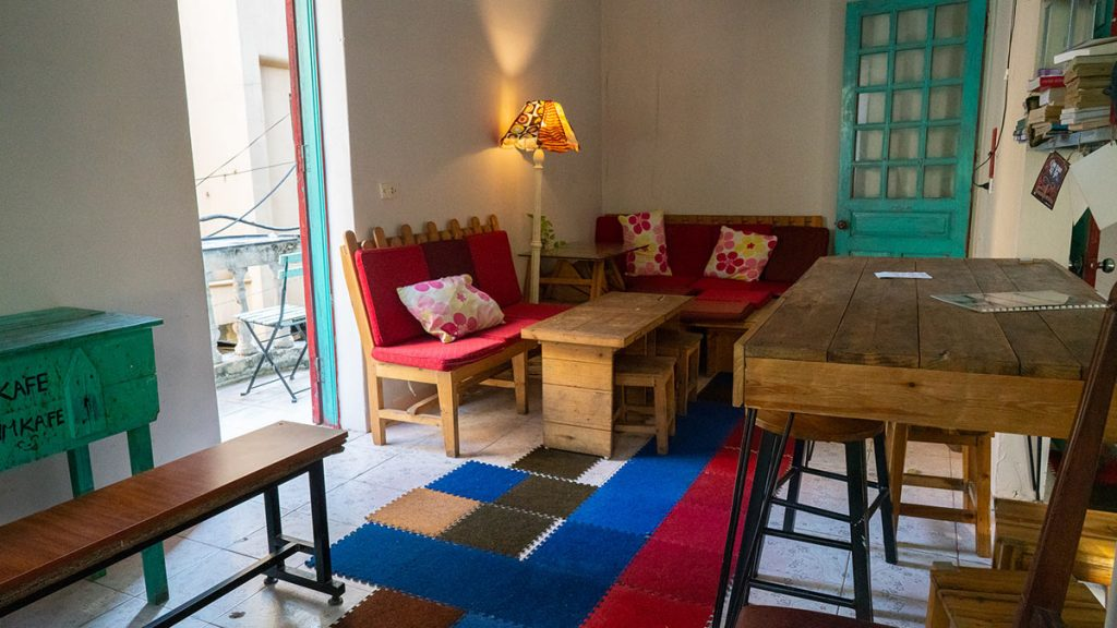 Oldie Chum Cafe Hanoi 5
