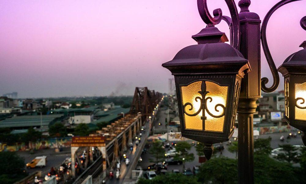 Serein Cafe Lounge Long Bien Bridge Hanoi