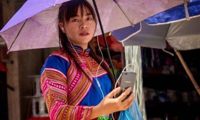Ethnic Vietnam Smartphone 2