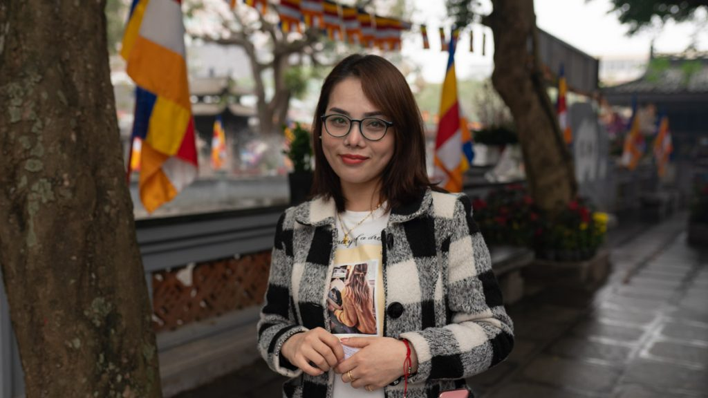 Vietnamese Woman Single