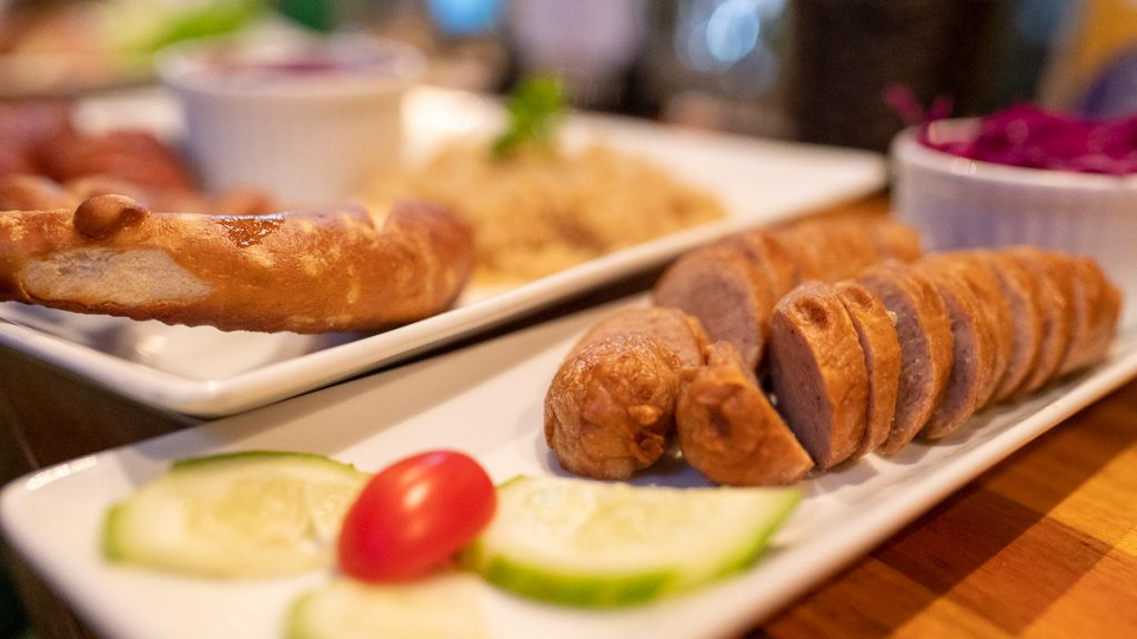 German Restaurant Hanoi Kneipe 04