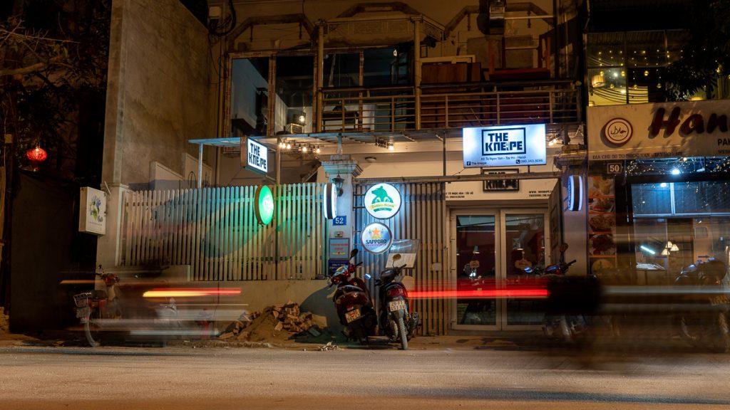 German Restaurant Hanoi Kneipe 08