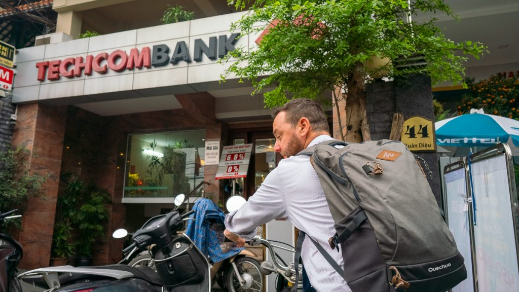 Foreigners Bank Hanoi 1