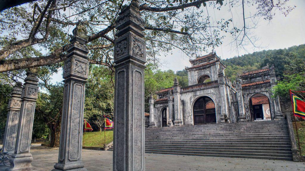 Ba Trieu Temple Vietnam
