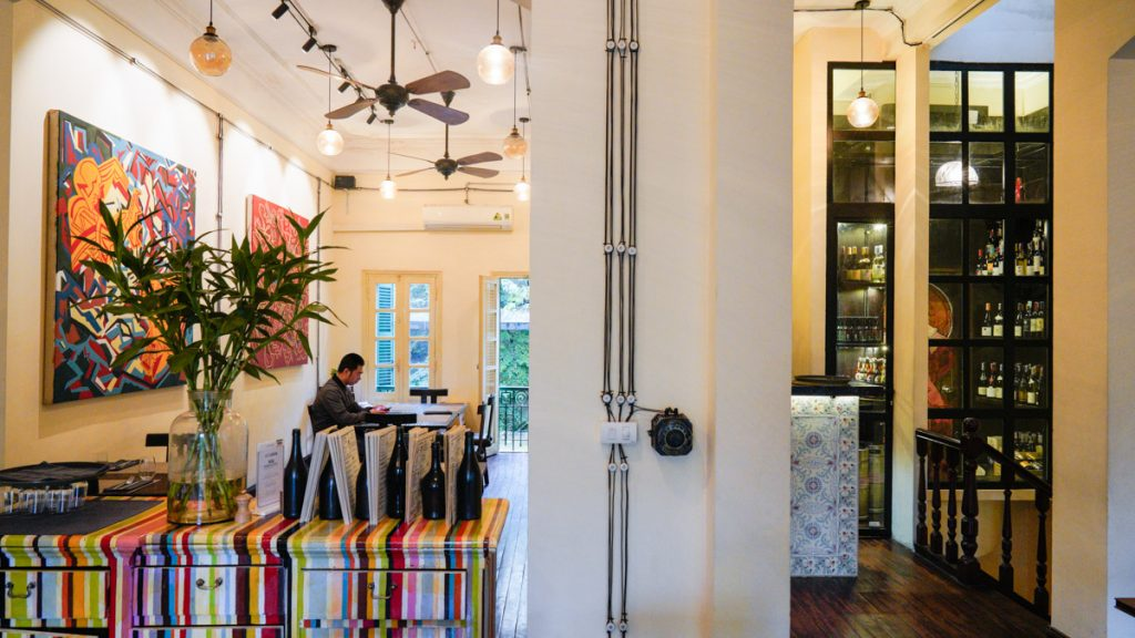 Cousins Restaurant In Hanoi 1 2