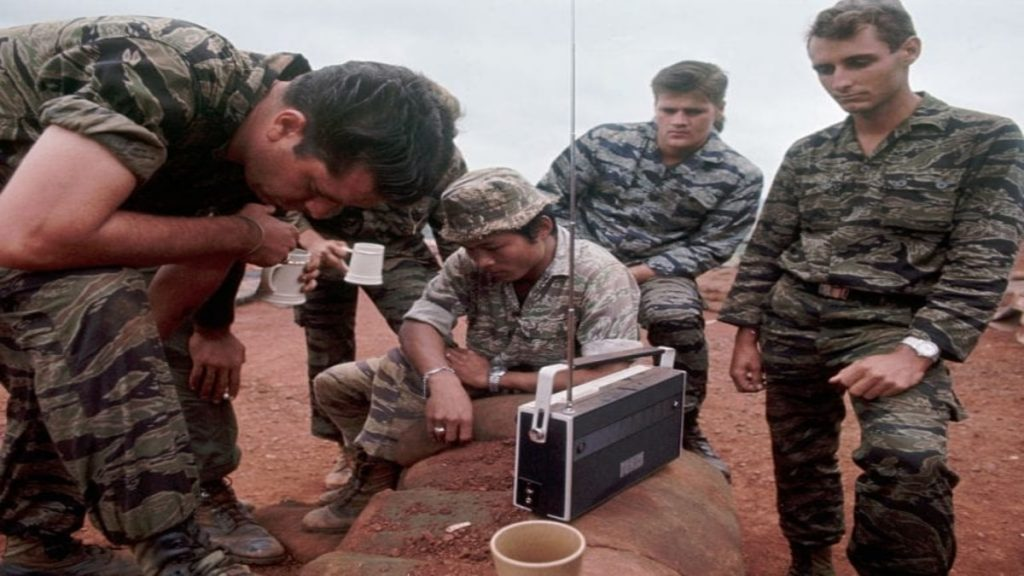 Soldiers Gather Arou MRk2j