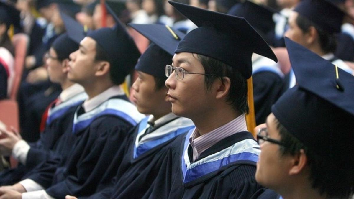 Vietnamese Students Resized