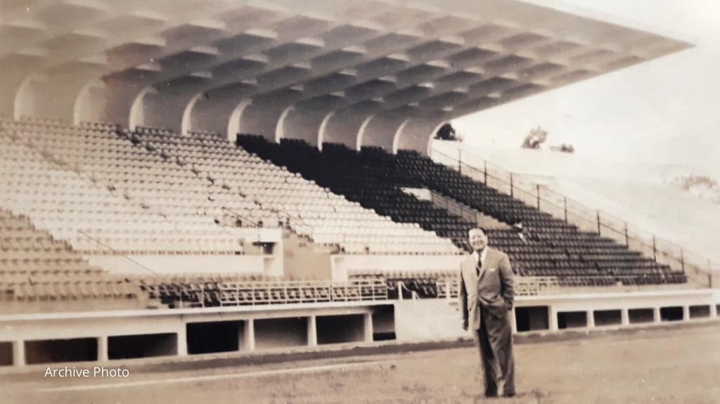 Article 01 Hang Day Stadium 1955